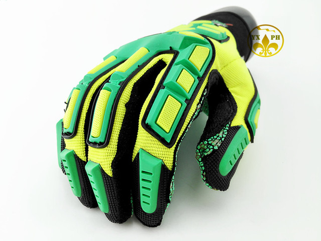 The new 2016 anti cut gloves4020 oil antiskid mechanics gloves5 level and puncture-proof protect gloves