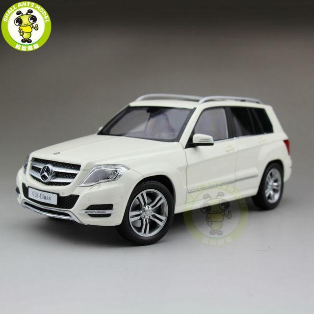 1:18 Welly GTAutos 11008 Daimler Mercedes Benz GLK 300 Diecast Model Suv Car White