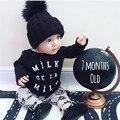 2017 Новый Осень baby boy девушка одежда с длинными рукавами черный письмо Футболка + брюки моды 2 шт. новорожденных, детской одежды, набор