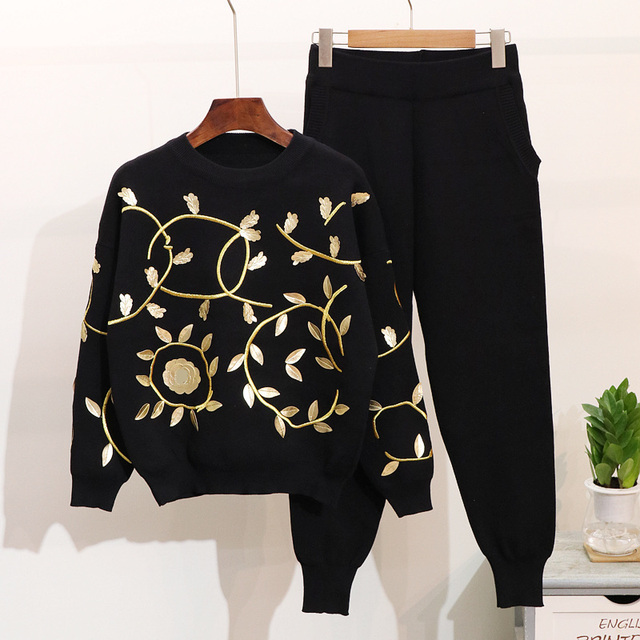 Autumn Winter Woman's Gold Leaf Embroidery Knitwear Sets Tracksuit Women Leisure Sweater Coat + Harlan Pants Two-piece Pants Set