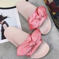 2017 de moda diseñador de la marca del partido zapato plano con satén arco grande señora beach diapositivas mujer bowtie de seda del nudo de la sandalia del deslizador de las mujeres
