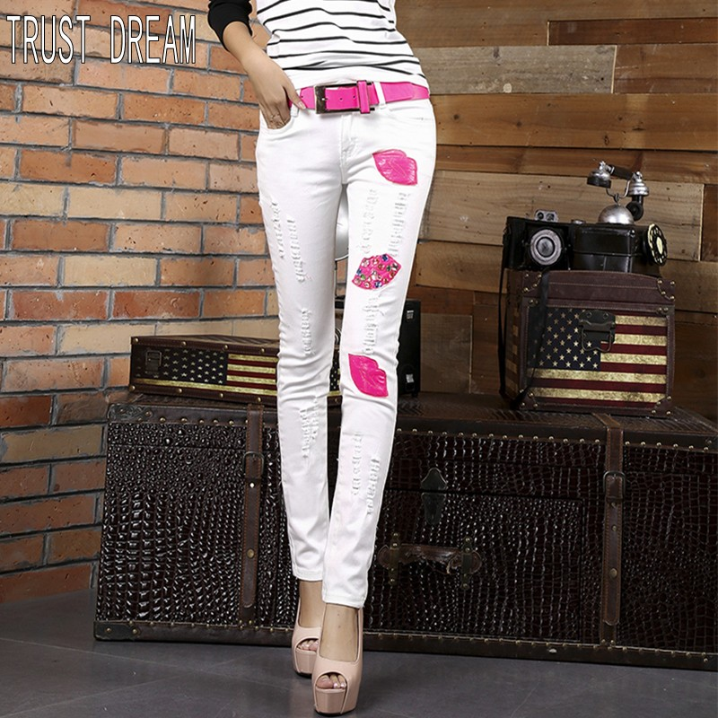 ФОТО TRUST DREAM Super Girl 2017 Spring Summer Slim Red Lips Diamond Jeans Elastic White Skinny Jeans