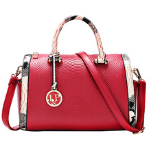 Famous Fashion Casual Serpentine Luxury Handbags Red Women Bags Designer Pillow White and Black Women Shoulder