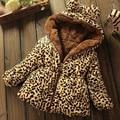 2017 Outono Inverno Nova Moda Jaquetas Casuais Casaco de Crianças 1-4 anos de Bebê da Menina Com Capuz Crianças Roupas de Leopardo bebê Casaco Quente