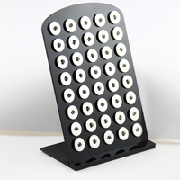 A Estrenar Negro Organizador Soporte de Exhibición De Acrílico Conjunto de Botón A Presión de 12mm 18mm Encantos