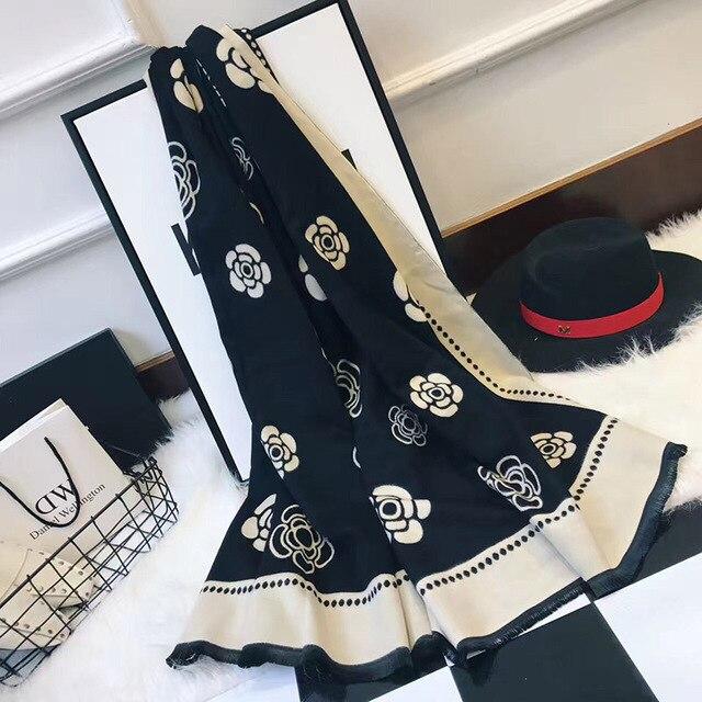 ผู้หญิงใหม่ฤดูหนาวผ้าพันคอผ้าพันคอผ้าพันคอผ้าพันคอคุณภาพสูงCamelliaดอกไม้พิมพ์ผ้าพันคอผ้าพันคอLady Shawlหนาผู้หญิงPashmina Wraps