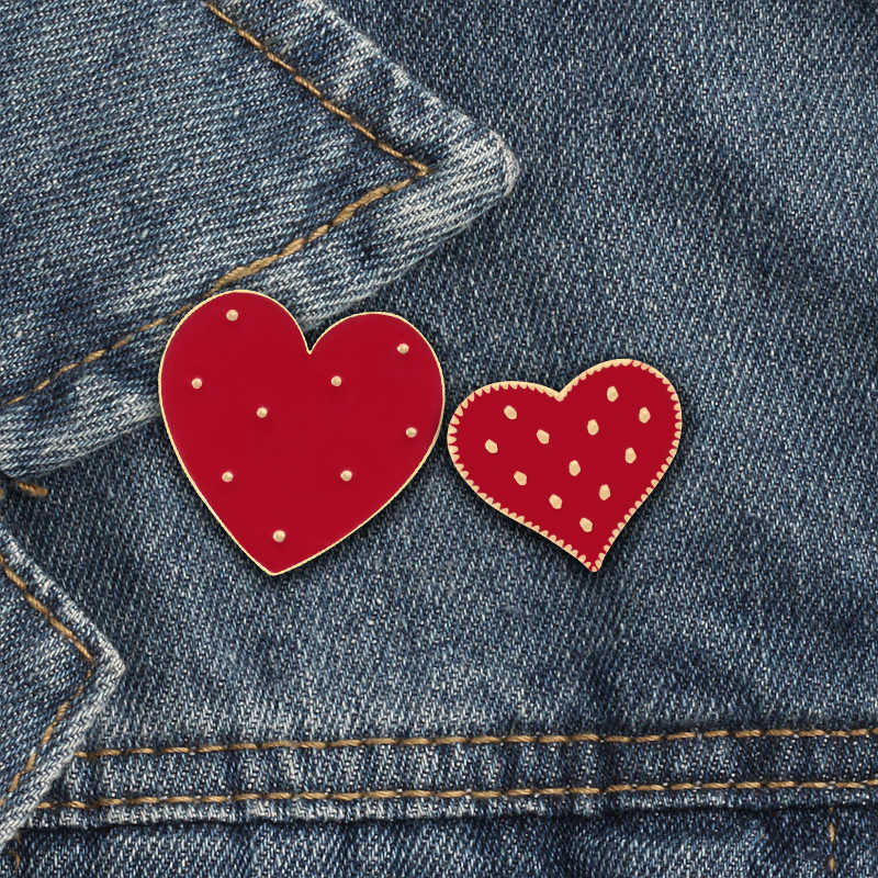 Dropshipping 2PC/set Fashion Cute Big Small Heart Brooch Enamel Pins Women Jewelry Denim Sweater Badge Accessories Couple Gifts
