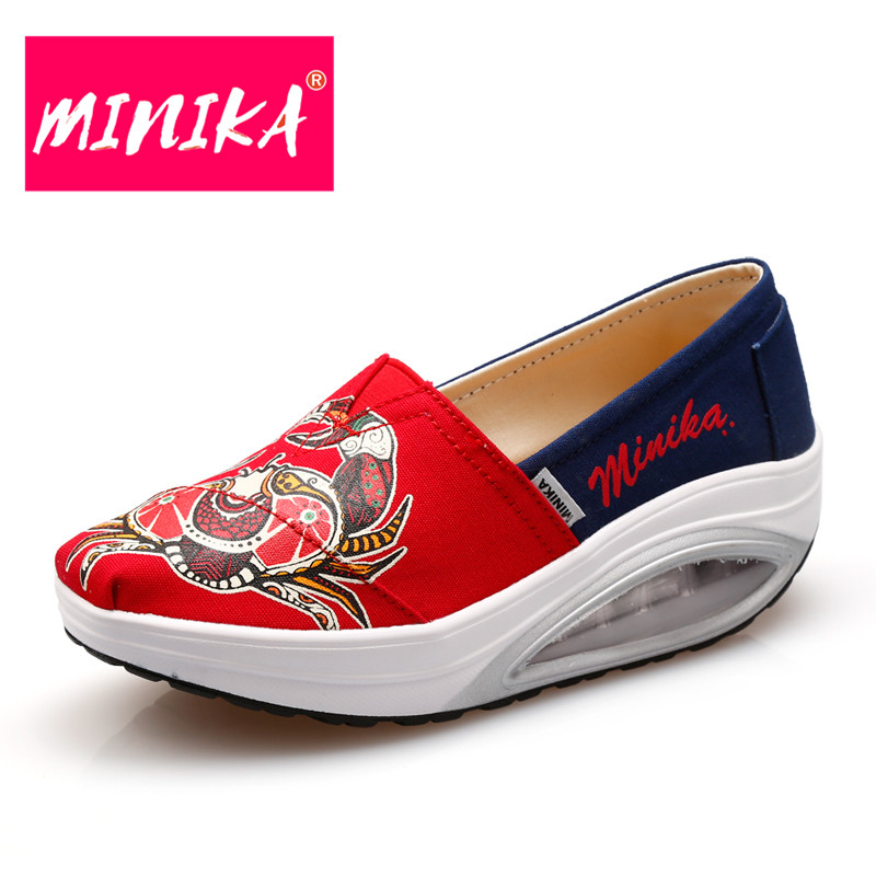 MINIKA Fashion Healthable Shoes Women Loafers Print Chinese Style Pattern Shallow Mouth Shoes Women Casual Shoes Sex Flat Shoes minika new arrival 2017 casual shoes women multicolor optional comfortable women flat shoes fashion patchwork platform shoes