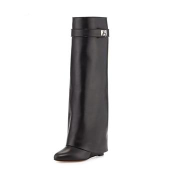 De Cuero Negro tiburón cerradura cuña botas hasta la rodilla se convirtió en zapatos de alta calidad Correa larga de invierno Botos Mujer gran tamaño 10