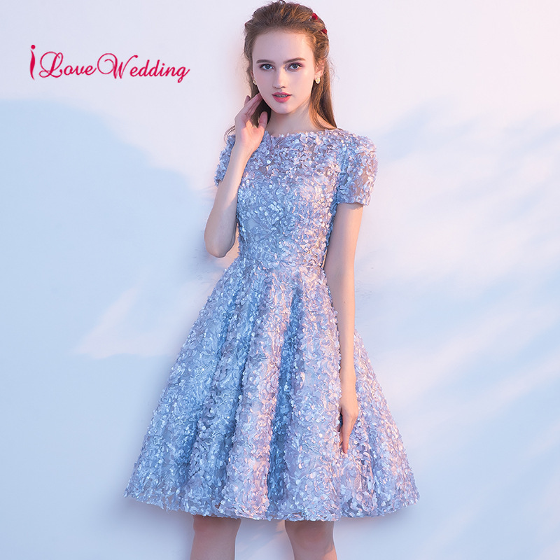 Hot Sale 2019 Short Cocktail Dresses A Line Knee Length Light Blue Lace Short Sleeves Party Gown