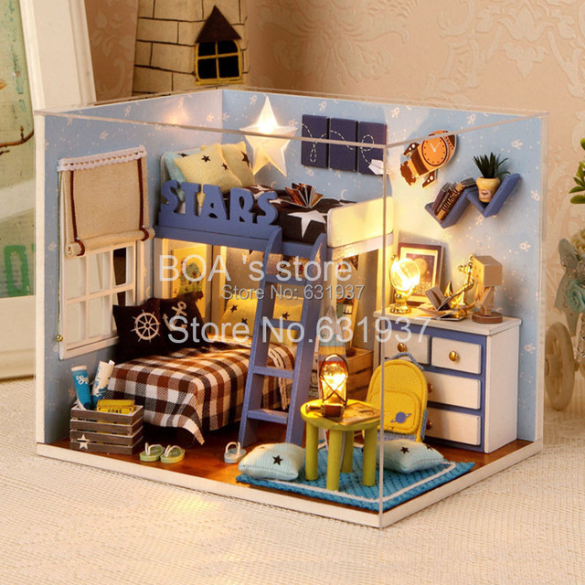 2015 New 1:12 Doll House Miniatura Wooden Doll House Include Furniture ,Light,