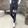 Pantalones ocasionales de los hombres de Rayas parche Slim fit hombres con estilo de vestir pantalones de traje de boda de gama Alta 2017 otoño nueva caballero negocio de los hombres
