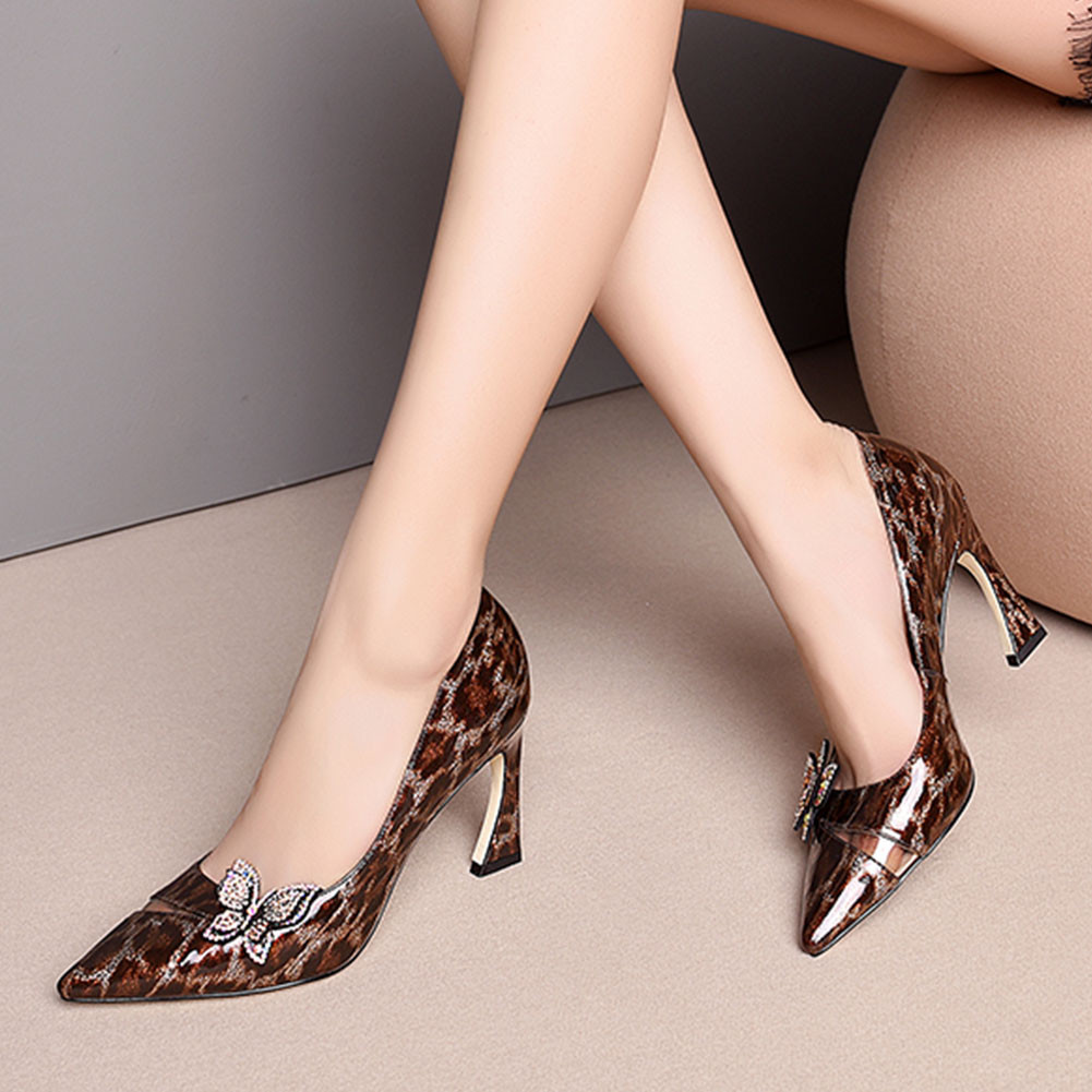Luxury Brand Big Size 33-43 Leopard Patent Genuine Leather Crystal Ladies Shoes Woman Party Office Lady PumpsLuxury Brand Big Size 33-43 Leopard Patent Genuine Leather Crystal Ladies Shoes Woman Party Office Lady Pumps