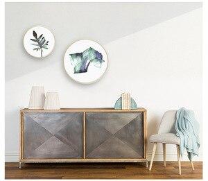 Image 2 - 20 31.5 40 50cm moldura redonda 20 Polegada madeira sala de estar criativo parede pendurado tamanho grande quadro de imagem decoração da parede de madeira