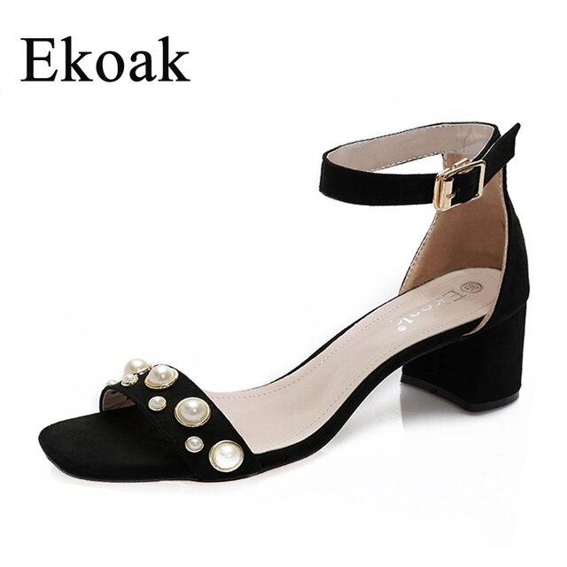 miglior prezzo per design raffinato moderno ed elegante nella moda US $17.58 49% di SCONTO Ekoak 2017 Nuovi sandali Delle Donne con Perle  pattini di estate moda donna di Spessore tacchi alti sandali Gladiatore  delle ...