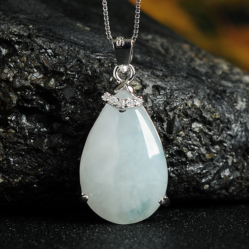 925 Silver Inlay Natural A-Jade Emerald Drop Pendant Fashion Womens Burma Jade Necklace Pendant with Certificate925 Silver Inlay Natural A-Jade Emerald Drop Pendant Fashion Womens Burma Jade Necklace Pendant with Certificate