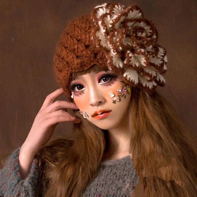 Cute Big Flower Women Winter Warm Beanie 100% Handmade Knit Crochet Hat Caps Gift