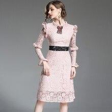 a037ae91e2c 2018 frauen Neue Frühling Sommer Spitze Bowknot Lange Hülse Bodycon die  Taille OL Elegante Rosa Reine Farbe Kleid