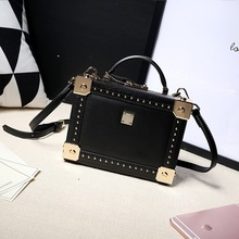 Europe and the United States fashion ladies leather box box vertical shoulder bag shoulder bag rivet diagonal leather square bag new cowhide shoulder bag leather messenger bag buckle fashion europe and the united states portable ladies bag