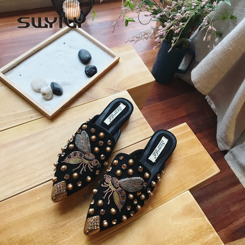 SWYIVY Woman Slippers Flats Mulers Shoes 2018 Bee Emboridery Half Slipper Female Rivet Sexy Slides Lady Casual Woman Slippers slipper