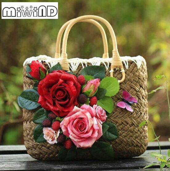 Bi-color roses decals decorating tote bags,dimensional flowers hand-woven straw beach trips women's summer new fashion handbags, handmade flower appliques straw woven bulk bags trendy summer styles beach travel tote bags women beatiful handbags