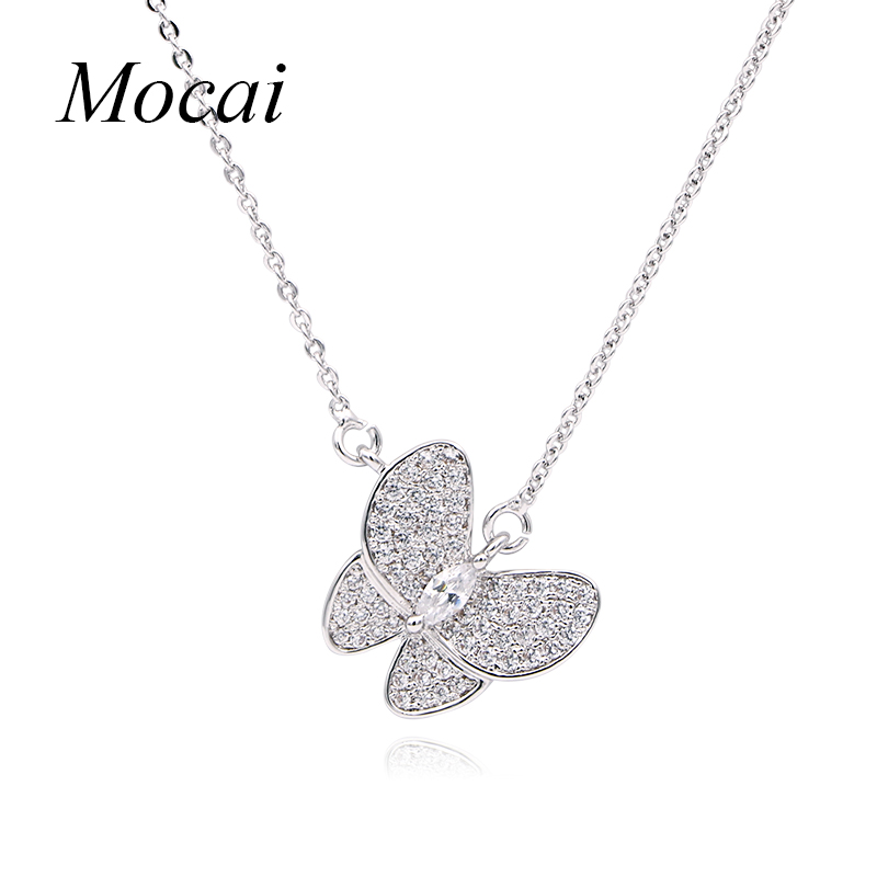 Brightly Butterfly Pendant Necklace Cold Color Short Necklace for Women Cubic Zirconia British Style for font