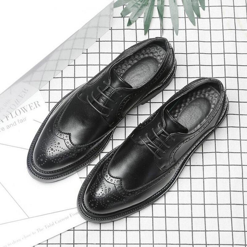 Marque hommes chaussures Oxfords Style britannique chaussures Brogue marron chaussures à lacets Bullock affaires robe chaussures en cuir sculpté LL-54Z