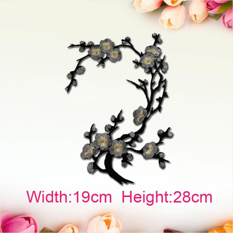 5pcslot New Plum Blossom Flower Sticker Embroidered Iron On Patch
