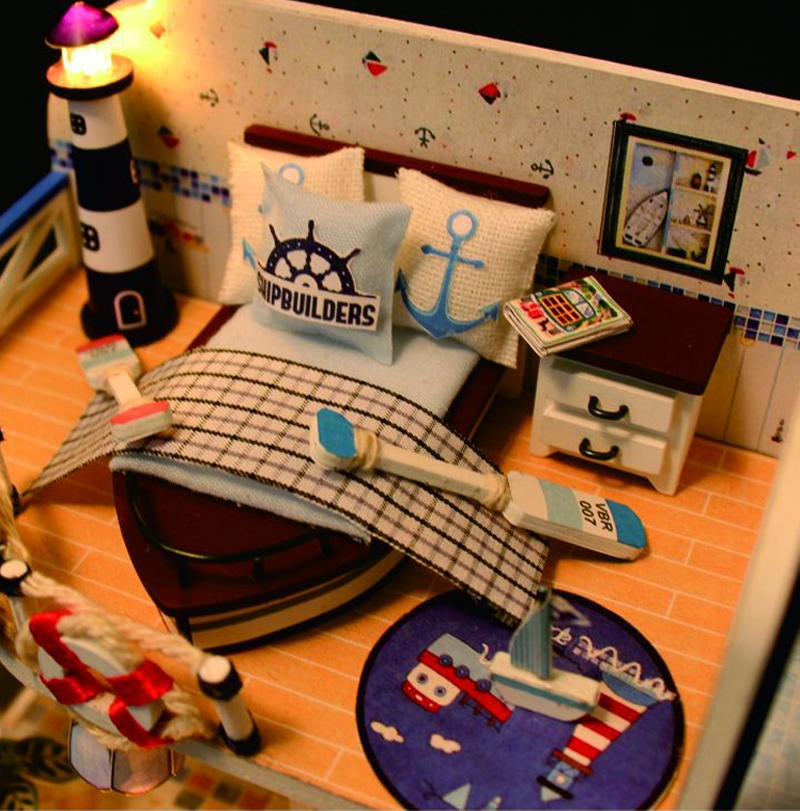DIY Dollhouse Sailing Beach Villa Wooden Miniature Model LED Light Birthday Gift