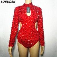 Красные стразы боди с заклепками пикантные открытые кристаллы Кэтсьют для ночного клуба диджей певича сценический костюм ручного шитья