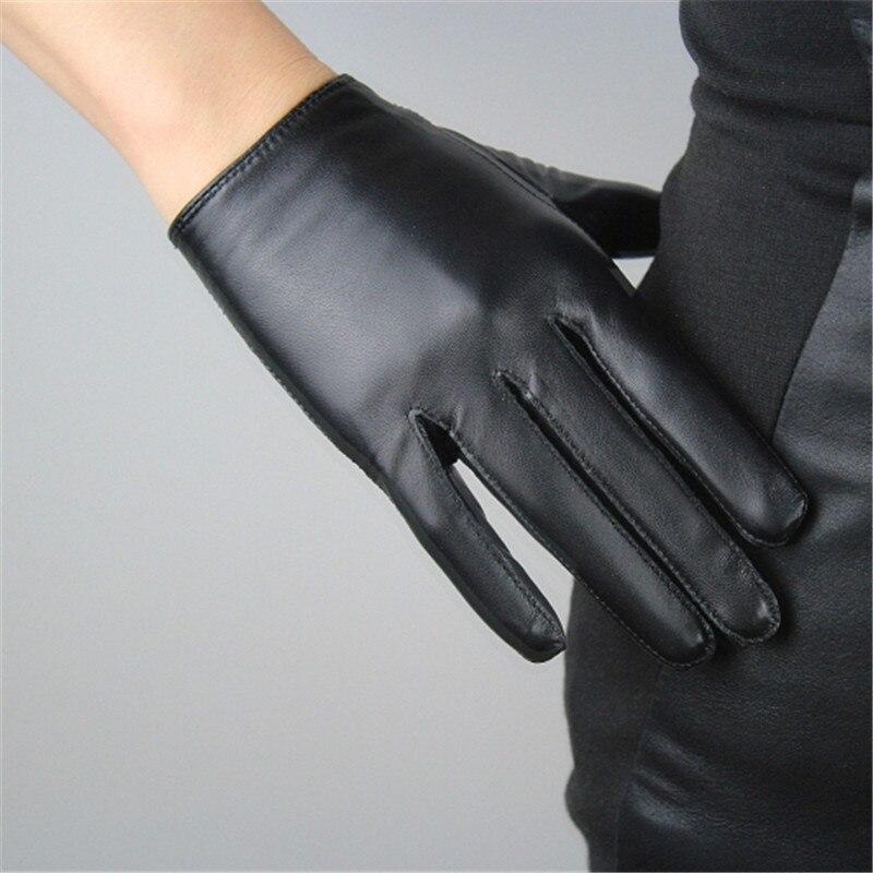 Touchscreen Gloves Female Genuine Leather Pure Sheepskin Short Style Black European Version Slender Fingers Woman Gloves TB72