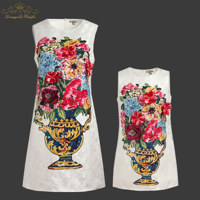 2018 Summer Mother daughter dresse Family Matching Clothes Flower Patchwork Mom And Daughter Dress Family Look Fashion Like Mom 2015 summer family clothing sets mother father child matching dad mom daughter son t shirt and shorts family look ma e filha