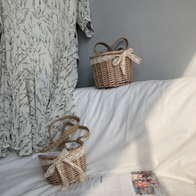 2019 new womens woven bag straw beach web celebrity with the same  style