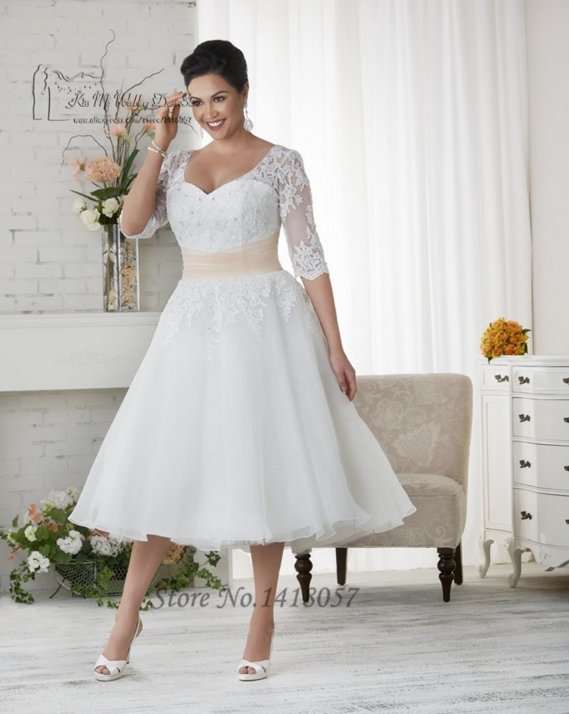 Vestido de Noiva Plus Size Wedding Dress Lace Half Sleeve Coral Sash Beaded Short Bridal Dresses
