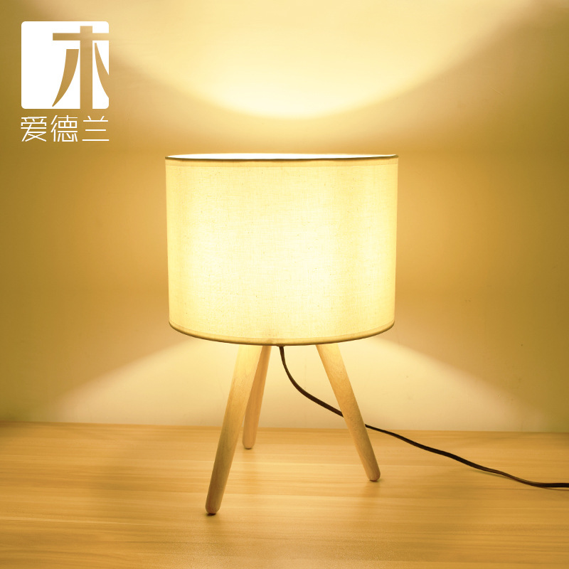Edward wood lamp] art three feet Fraxinus mandshurica solid wood art desk lamp modern simple bedroom bedside north european style retro minimalist modern industrial wood desk lamp bedroom study desk lamp bedside lamp