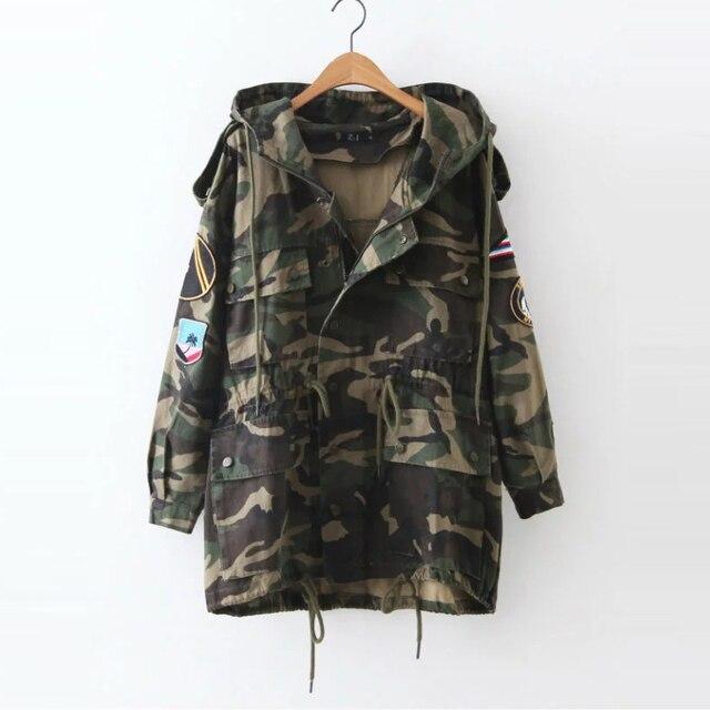 2460e92be Mulheres Jaqueta militar Jaqueta Camuflada jaqueta bomber inverno 2017  Harajuku Bordado Foguete Mulheres Casacos Jaqueta Feminina