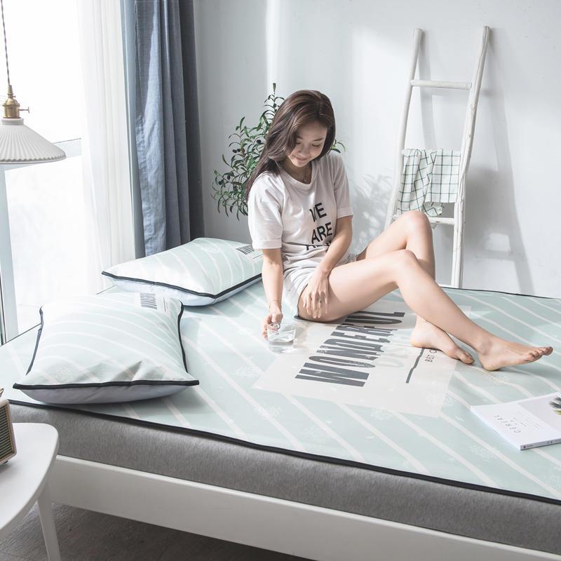 夏の氷クールマット寝具セットグリーンストライプパターン 3 個フラットベッドシート枕セット快適なホーム寝具ベッドライニング  グループ上の ホーム&ガーデン からの 寝具セット の中 1