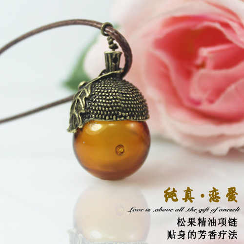1PC  Murano Glass Perfume Acorn Necklace with Diffuser Hole,Glass fragrance bottle,glass Essential Oil Bottle Necklace