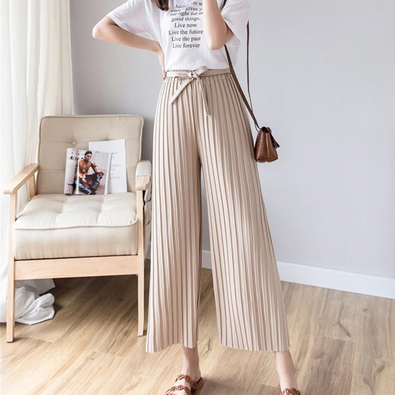 Real shot 2019 spring new Korean version of the women's pants with pleated wide-leg pants loose nine casual pants 3