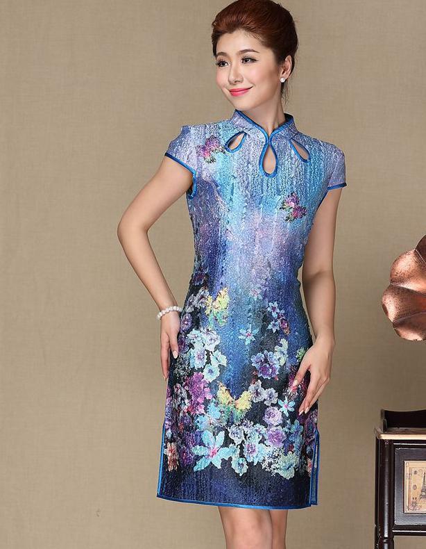 c5ad2b8fc0a52 US $44.97  Chinese Style Dress Summer 2017 Flowers Print Silk Chinese  Cheongsam Qipao Plus Size Mandarin Collar Dresses Vintage Vestidos-in  Dresses ...