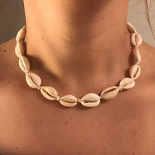 Fashion Handmade Rope Chain Retro Natural Seashell Choker Necklace Collar Necklace Shells Choker Necklace for Summer Beach Gift