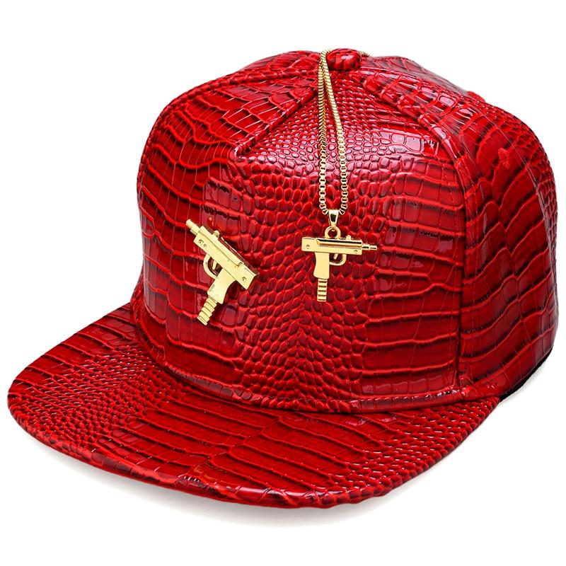 NYUK Metal Gold Pistol Submachine Gun Logo Leather Baseball Cap Fire - Klær tilbehør