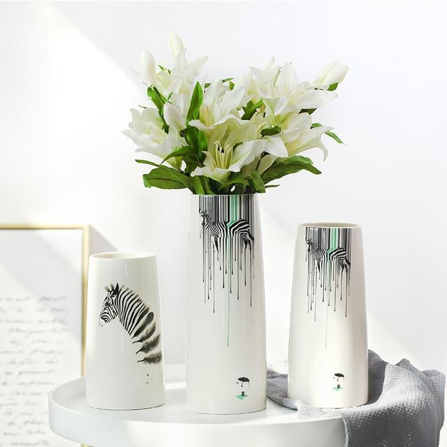 Modern Europe Style White Ceramic Flower Vase Fashion Desktop Zebra