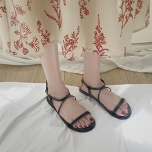 Liren 2019 Summer Lady PU Fashion Buckle Flat Heels Sandals Open Toe Gladiator Roman Style Women Cross Shoeslace Size 35-39