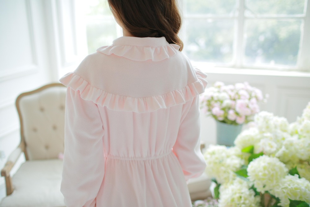 Free Shipping 100% Fleece Princess Nightgown Women s Long Robe Pink Pajamas  Winter Nightgown Thicken Sleepwear -in Robes from Underwear   Sleepwears on  ... bf143d365