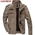 LONMMY M-6XL 2016 chaqueta para hombre de la chaqueta de bombardero de los hombres ocasional militar estilo para hombre escudo de la Fuerza Aérea de Una chaqueta de la capa del Algodón 2016