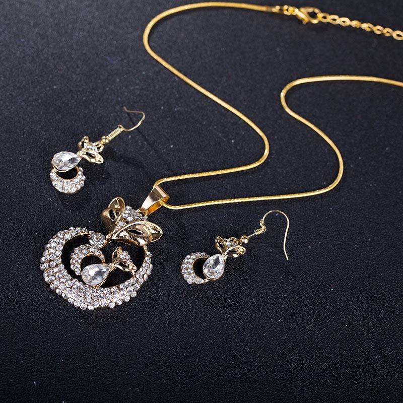 Classique Et Mode Femmes Parures Creux Fleur Inlay Zircon Or Rose Et