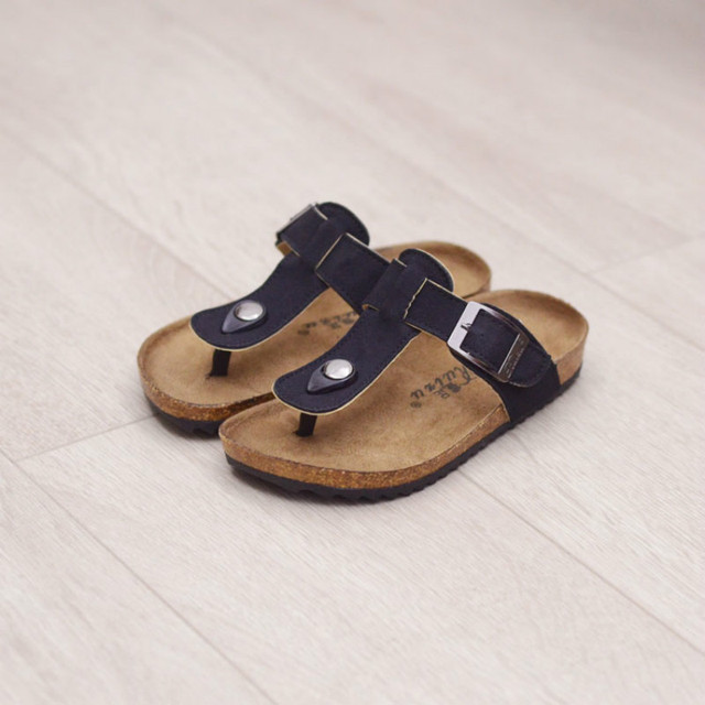 b365e0742799 Children Slippers Boy Girl Summer Beach Shoes Family Matching Slippers  Rubber Shoes Teenagers Fashion Slipper Size 22-39