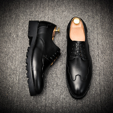 2017 New Arrival Men Dress Shoes Brogue font b Oxfords b font Black Business Wedding Shoes