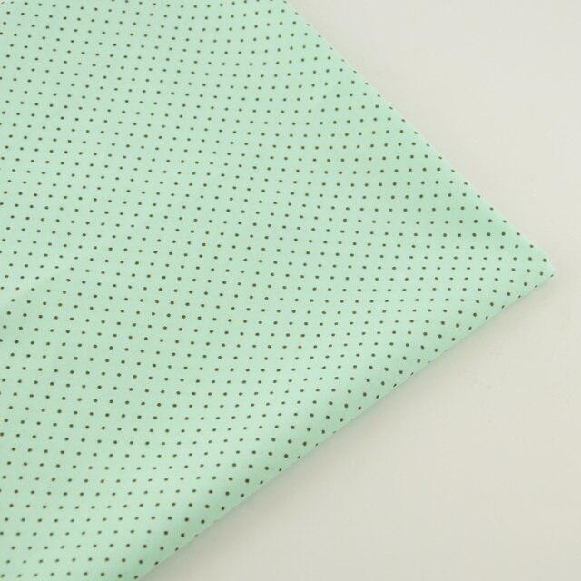 Простой Точки Стиль Удобные 100% Светло-Зеленый Хлопок Ткань для Искусства Ремесло Лоскутное Детей Платье Постельные Принадлежности Тильда Куклы Ткани